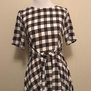 Elle Dresses - NWT -Elle Women's Plaid Dress